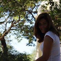 '.Ver perfil de Paula Abreu.'