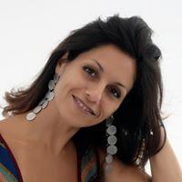 Claudia Barros